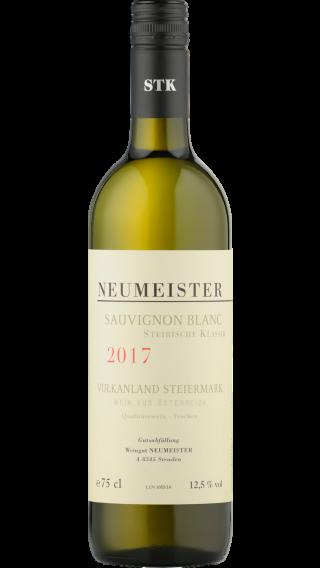 Bottle of Neumeister Sauvignon Blanc Steirische Klassik 2017 wine 750 ml