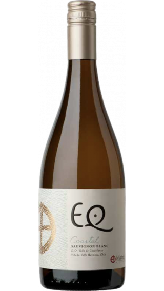Bottle of Matetic EQ Sauvignon Blanc Coastal 2019 wine 750 ml