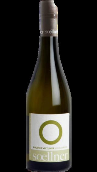 Bottle of Soellner Wogenrain Gruner Veltliner 2018 wine 750 ml